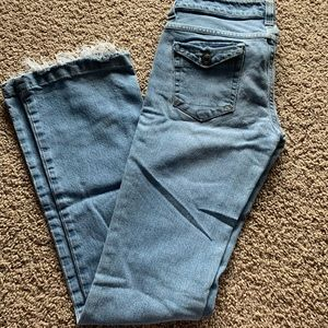 Boot cut jeans with pockets